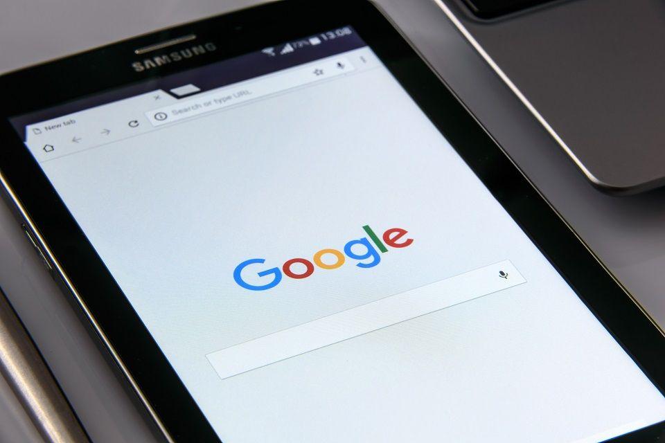 ¿Qué es la búsqueda por voz de Google?